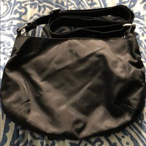 Kenneth Cole Reaction Bags - Kenneth Cole reaction black crossbody